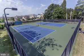 Community Tennis Courts - 42509 HOLLYHOCK TER, BRAMBLETON