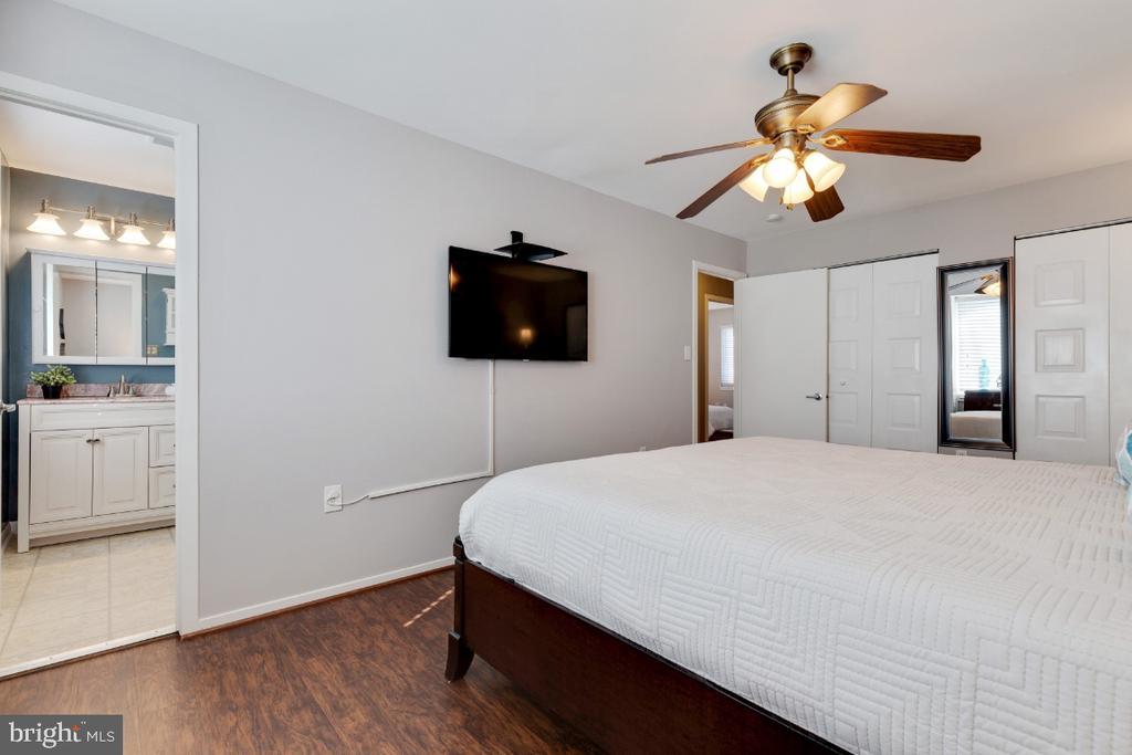 Primary bedroom - 2828 JERMANTOWN RD #51, OAKTON