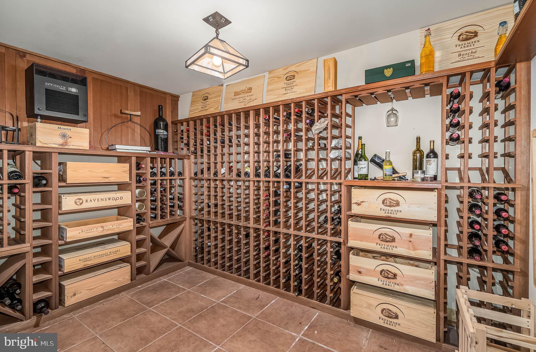 Locking wine cellar