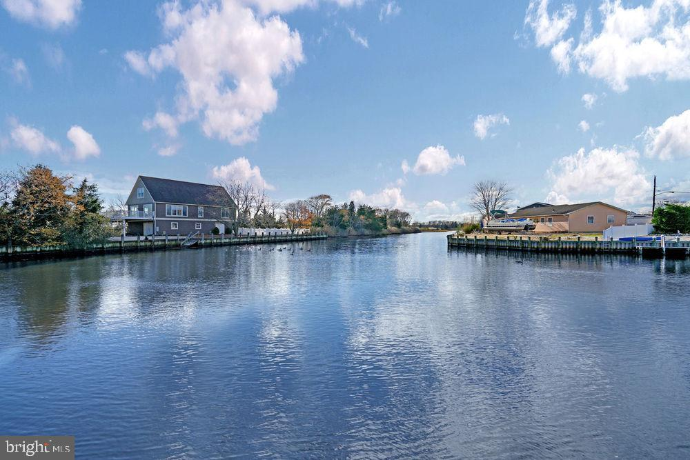 Single Family Homes vì Bán tại Barnegat, New Jersey 08005 Hoa Kỳ