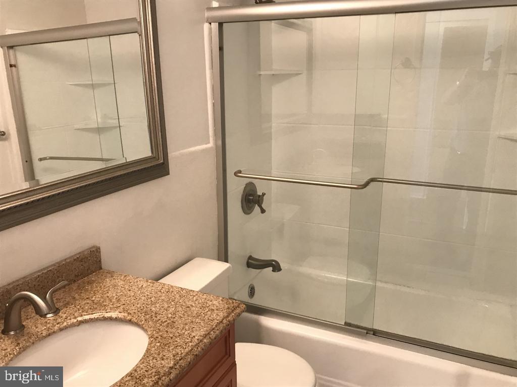 Bathroom - 3315 WISCONSIN AVE NW #408, WASHINGTON