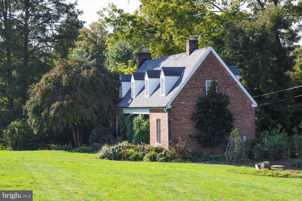 Cottage - 7931 E BOULEVARD DR, ALEXANDRIA