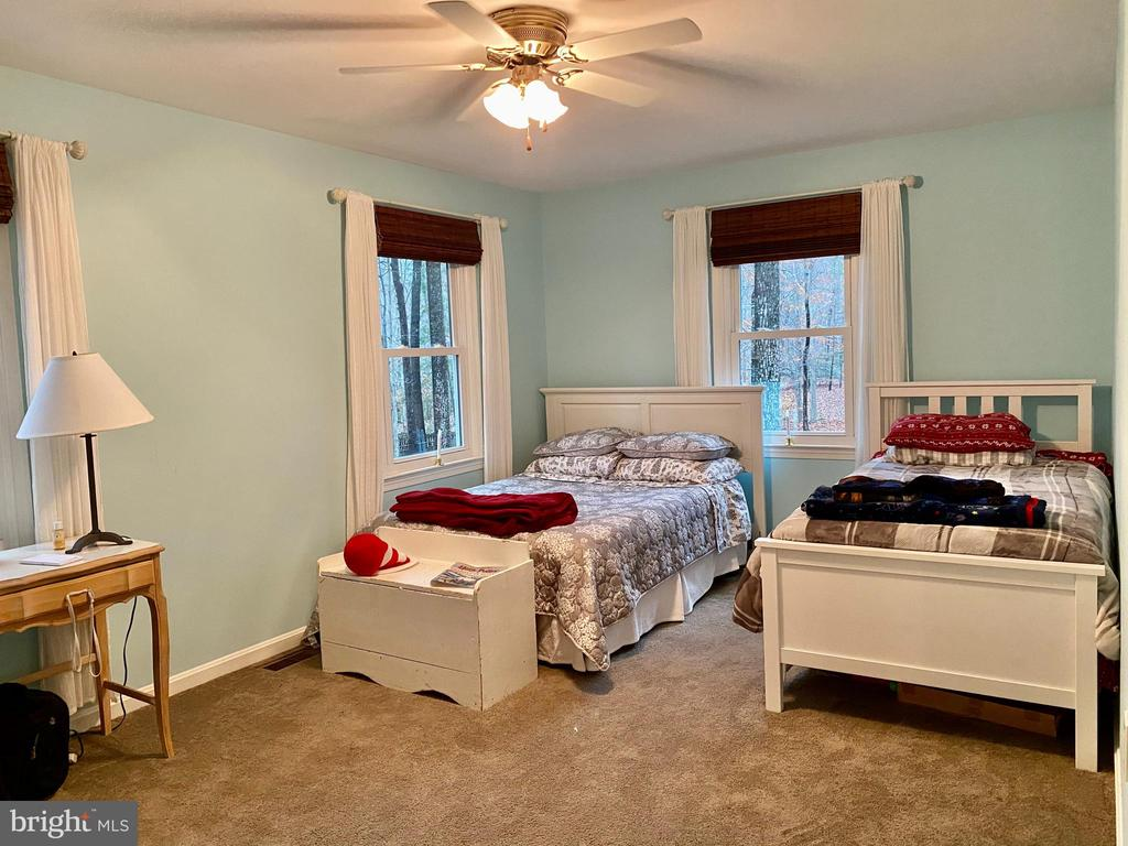 XL Bed #2 W/Room for 2 Beds - 11798 TARGET CT, WOODBRIDGE