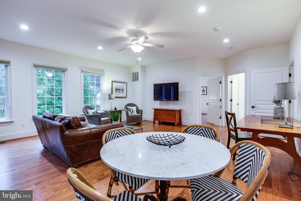 Room for casual dining - 10464 SPRINGVALE MEADOW LN, GREAT FALLS