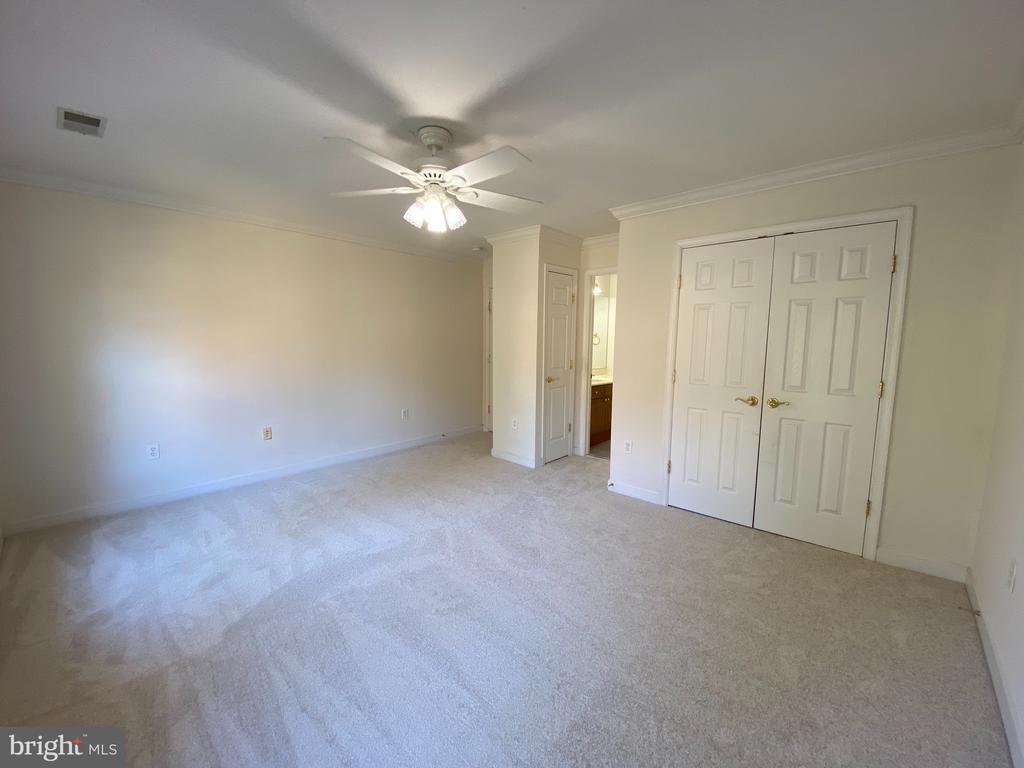 Bedroom #4 new carpet and painted - 10810 PENINSULA CT, MANASSAS