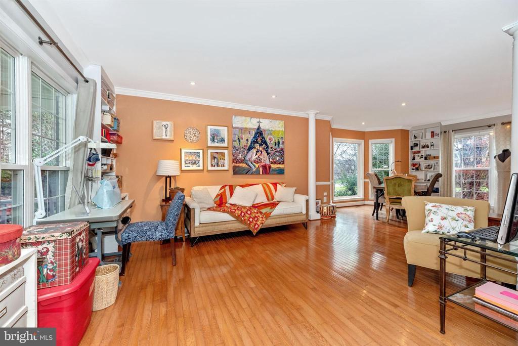 Formal living room. - 6287 IVERSON TER S, FREDERICK