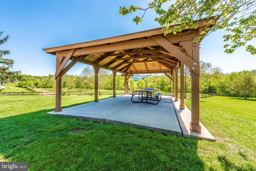 Spring Ridge Community Picnic Pavilions - 6287 IVERSON TER S, FREDERICK
