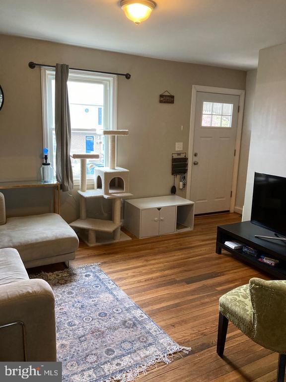 Family Room - 2208 S POLLARD ST, ARLINGTON