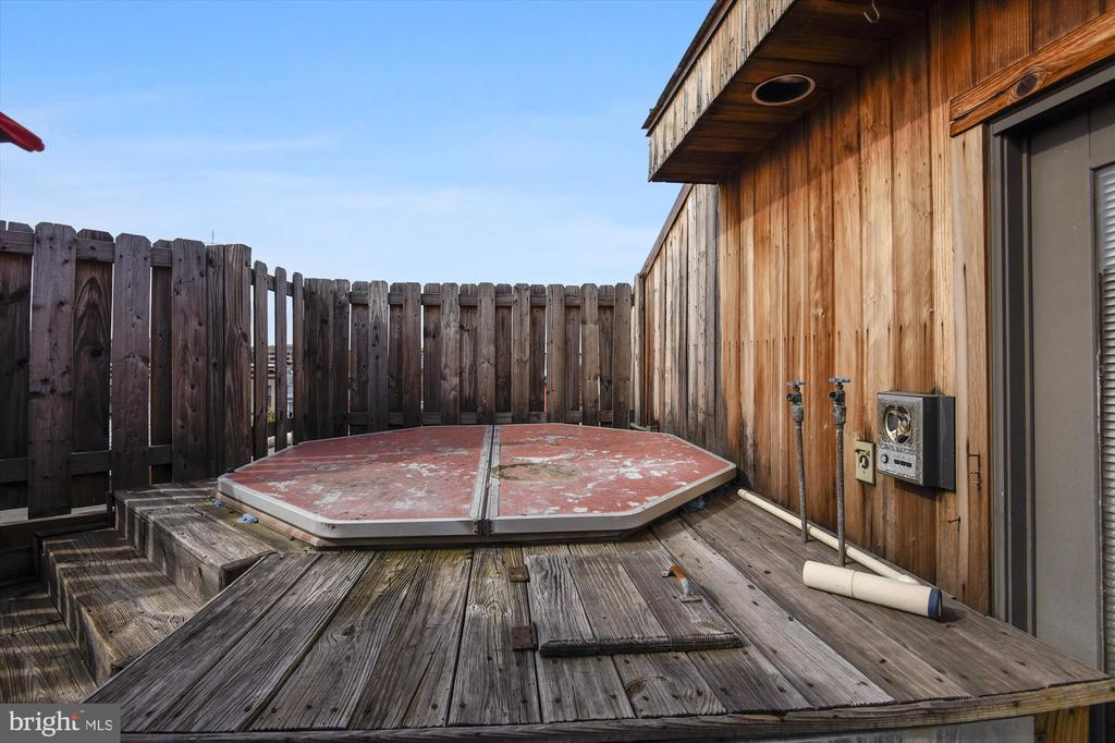 Rooftop deck - 2034 O ST NW, WASHINGTON