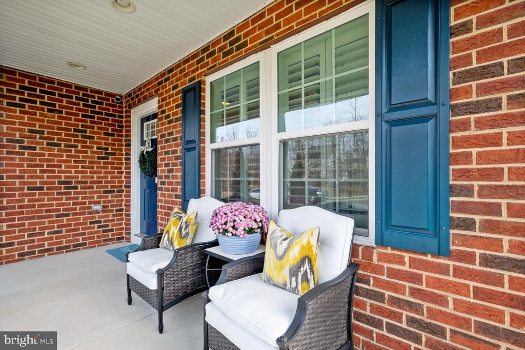 Inviting front porch - 12377 MAYS QUARTER RD, WOODBRIDGE