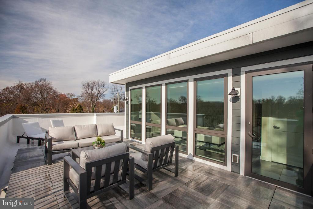 Wrap around Roof Top Deck off Master Suite - 9927 DICKENS AVE, BETHESDA