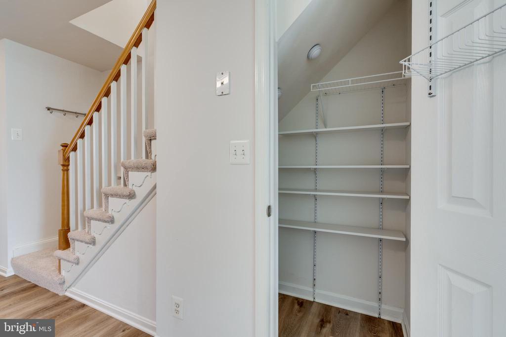 Kitchen pantry with custom shelving - 1403 N VAN DORN #C, ALEXANDRIA
