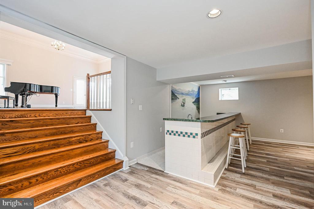 Stairs to Rec Rm - 5040 CANNON BLUFF DR, WOODBRIDGE
