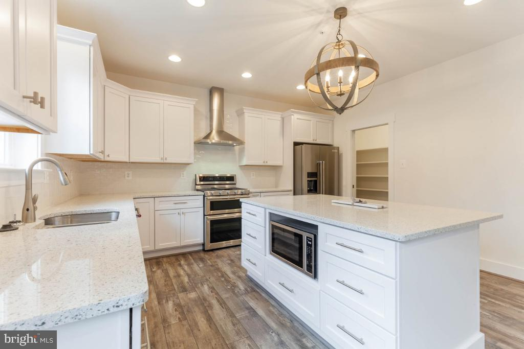 Design your own gourmet kitchen - 6746 ACCIPITER (LOT 192) DR, NEW MARKET