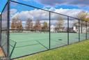 Community tennis is steps away! - 25811 MEWS TER, CHANTILLY