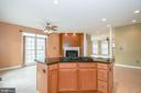 Gourmet kitchen and keeping/dining room - 25811 MEWS TER, CHANTILLY