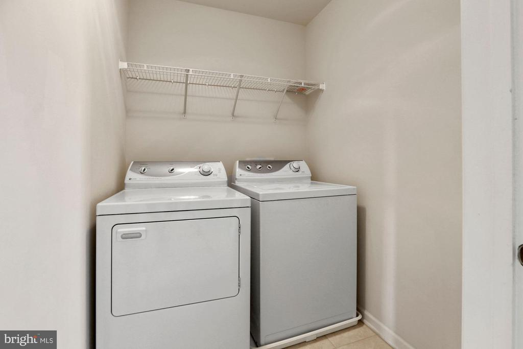 Upper Level Laundry Room - 43224 SOMERSET HILLS TER, ASHBURN