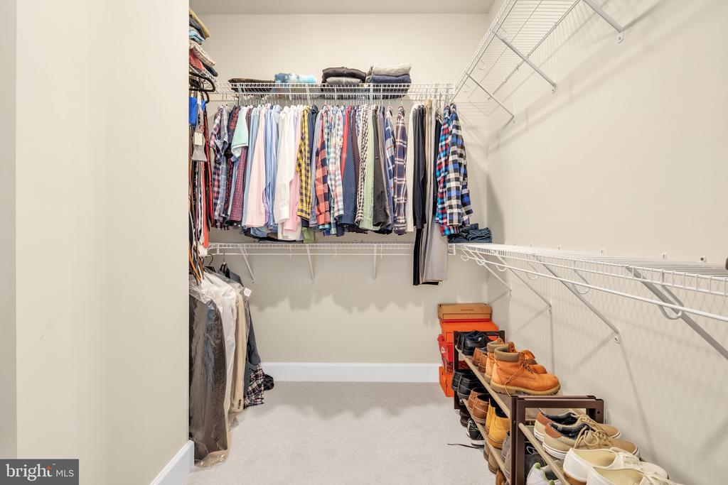 Master Closet - 45362 DAVENO SQ, STERLING