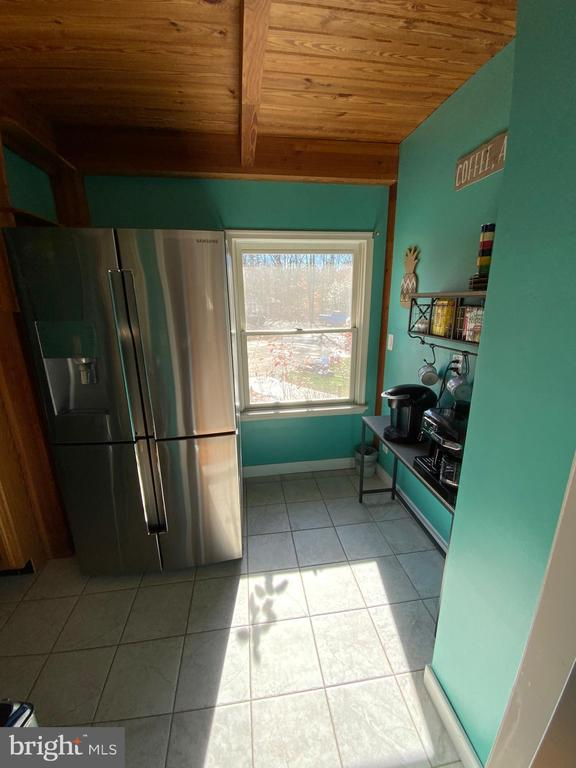 Pantry/Laundry Room - 6406 CARTER LN, MINERAL