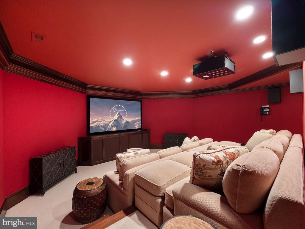 Screening Room - 6827 SORREL ST, MCLEAN