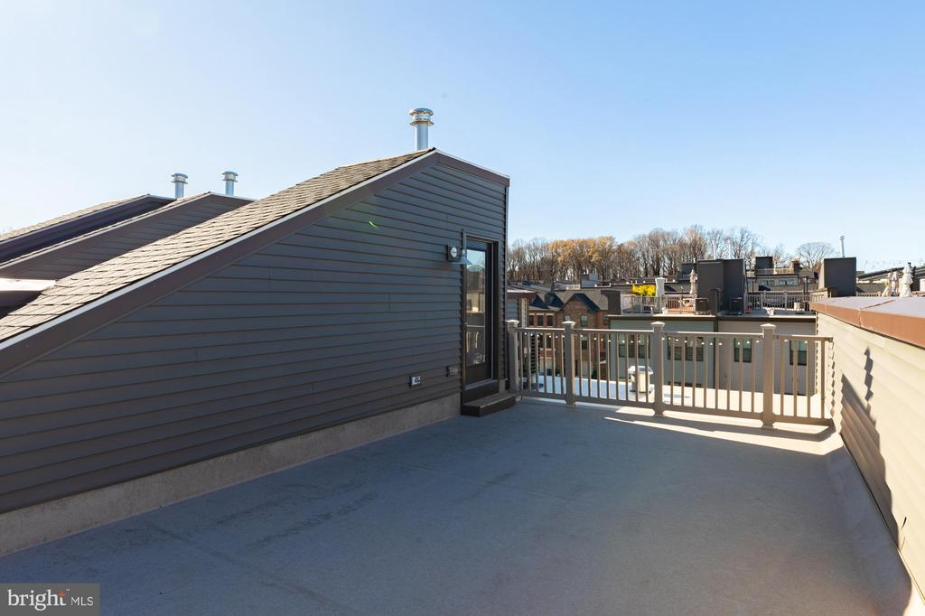 Rooftop resealed, waterproof lining behind siding - 3167 VIRGINIA BLUEBELL CT, FAIRFAX