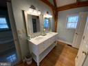 Master Bath Vanity - 6406 CARTER LN, MINERAL
