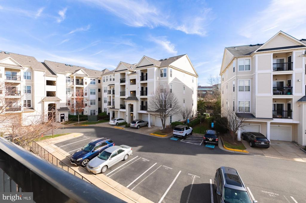 Balcony view from unit #4-303 - 11326 ARISTOTLE DR #4-303, FAIRFAX
