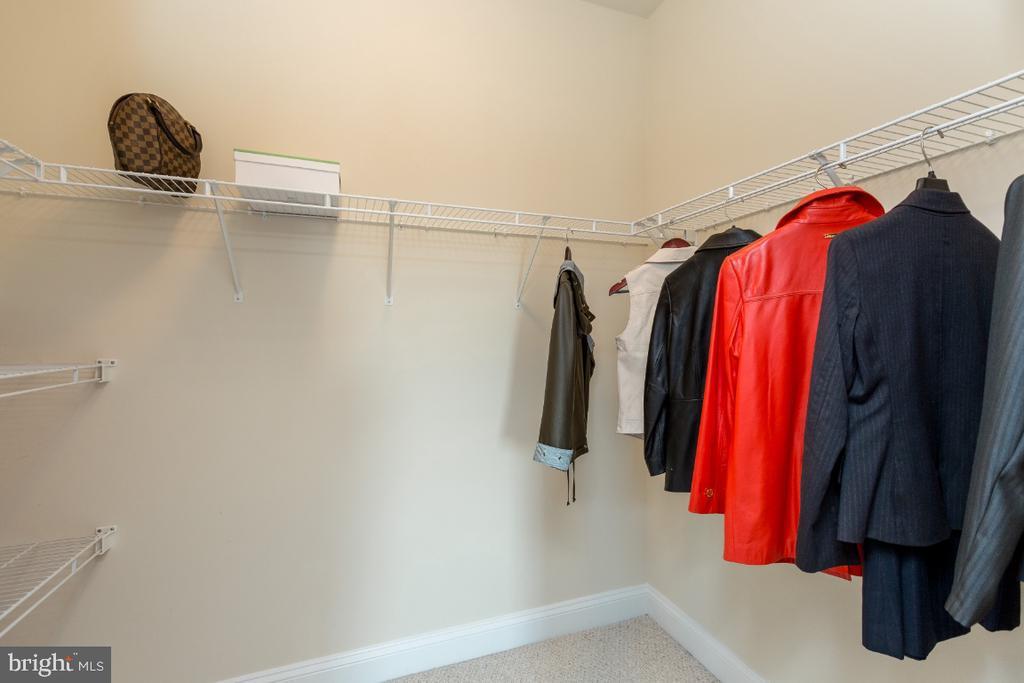 All Walk-in closets - 40732 CHEVINGTON LN, LEESBURG