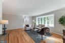Tons of natural light through expansive bay window - 10300 WOOD RD, FAIRFAX