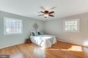 Large primary bedroom - 10300 WOOD RD, FAIRFAX