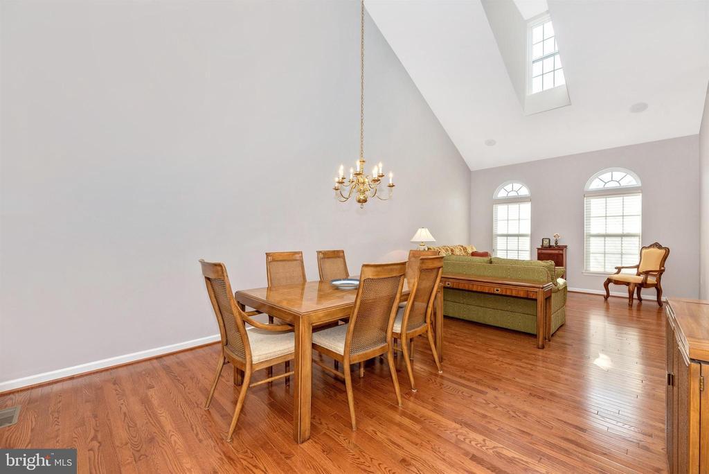 Dining/Living Room - 10574 EDWARDIAN LN #131, NEW MARKET