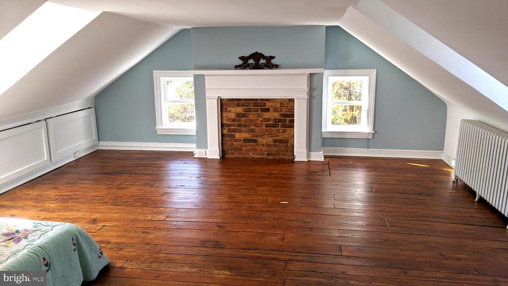 third floor Bedroom or extra room for reading - 4343 39TH ST NW, WASHINGTON