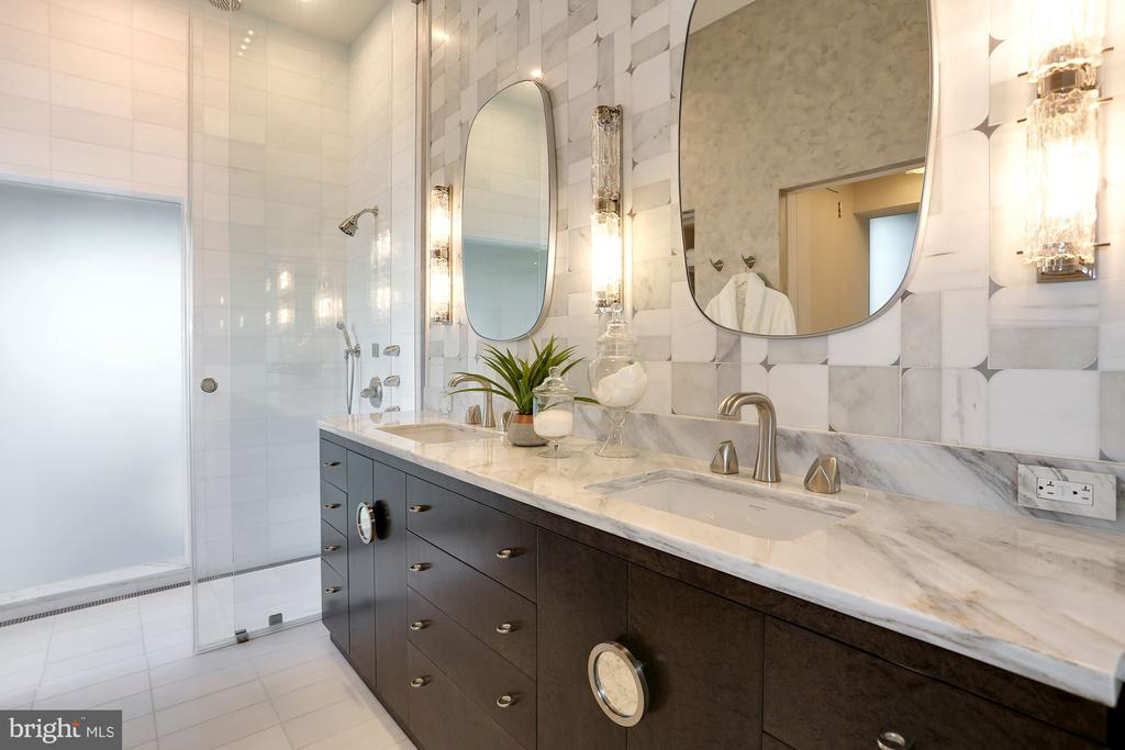 Renovated owner's bathroom with dual vanities - 1515 15TH ST NW #708, WASHINGTON