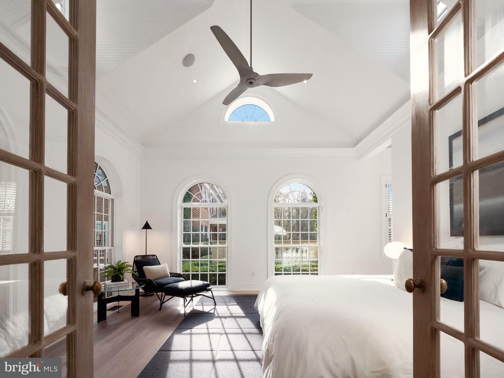 Private Bedroom - 6827 SORREL ST, MCLEAN