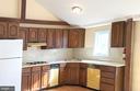 full kitchen - 4343 39TH ST NW, WASHINGTON