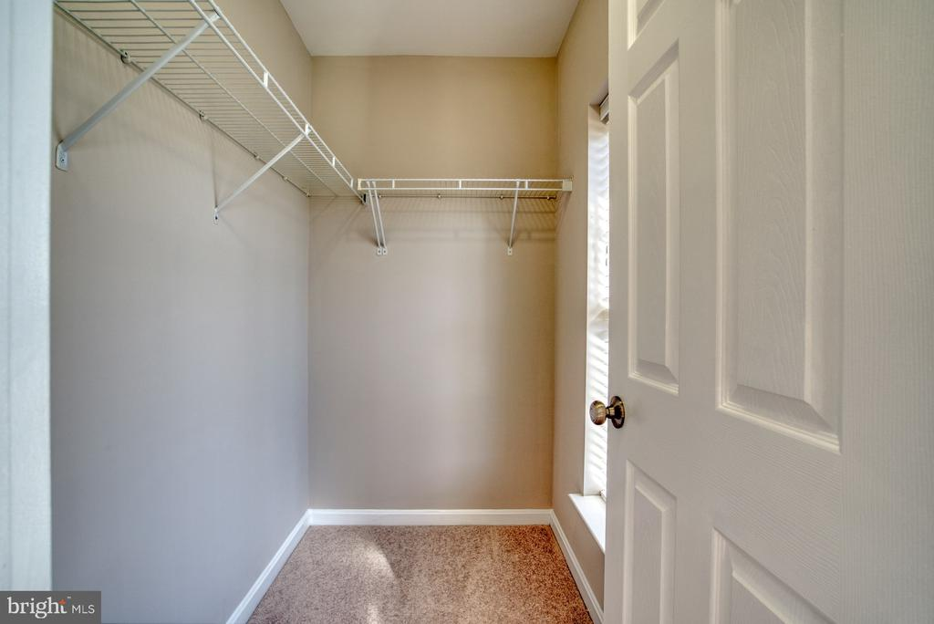 Primary Walk In Closet - 4557 WHITTEMORE PL #1411, FAIRFAX