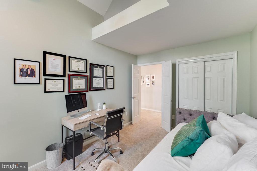 Second bedroom - 6922 ELLINGHAM CIR #122, ALEXANDRIA
