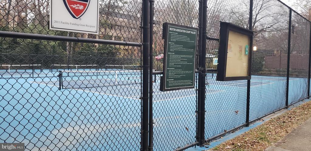 Tennis courts located across from house - 11503 MAPLE RIDGE RD, RESTON