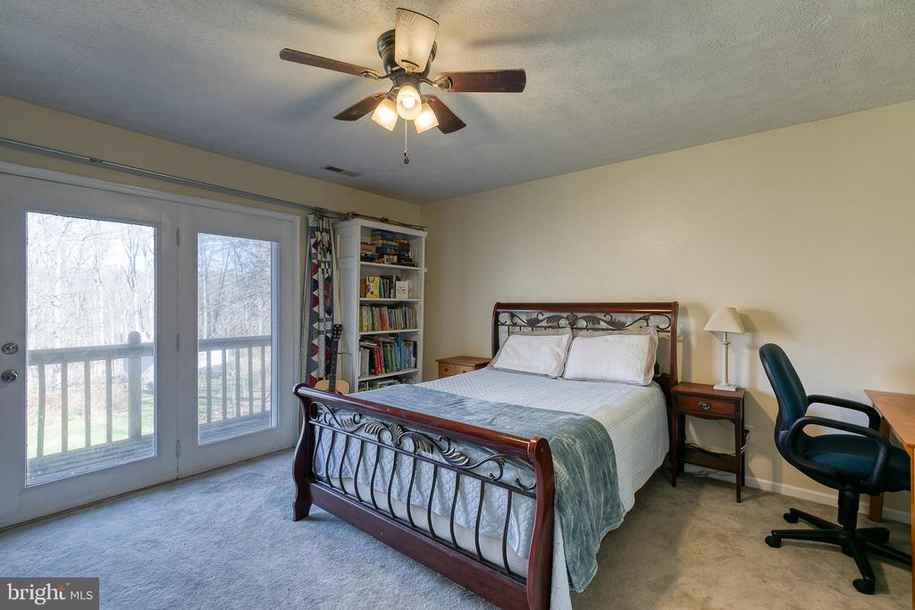 2nd bedroom also leads to upper balcony - 28 CARDINAL DR, FREDERICKSBURG