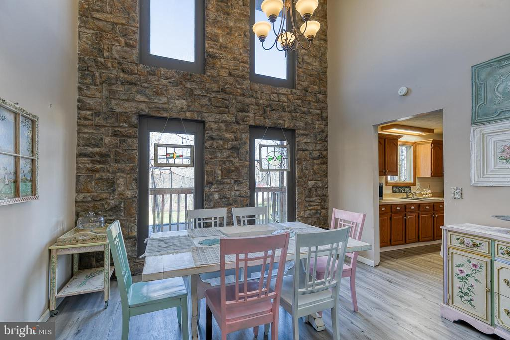 With stone accent wall and skylights - 28 CARDINAL DR, FREDERICKSBURG