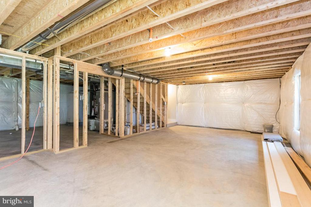 Easy to finish - rough in! - 6789 ACCIPITER DR, NEW MARKET