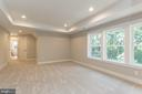 Large owner's bedroom. - 6789 ACCIPITER DR, NEW MARKET