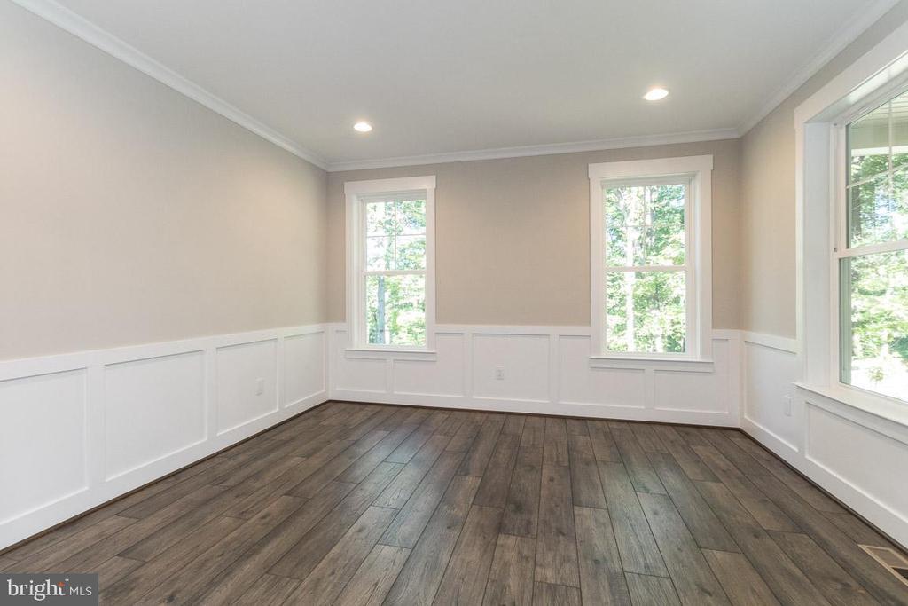 Flex room. - 6789 ACCIPITER DR, NEW MARKET
