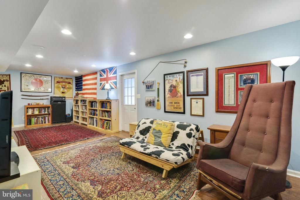 Basement Rec Room - 14859 BUTTONWOOD CT, WOODBRIDGE