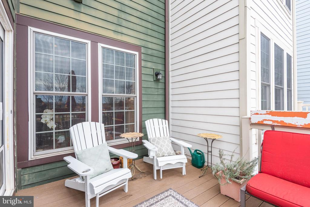 Deck with mountain views - 194 STAR VIOLET TER SE, LEESBURG