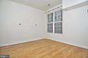 Large primary bedroom with TV mount - 2310 14TH ST N #205, ARLINGTON
