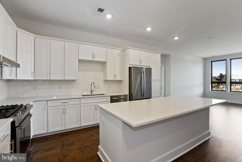 Kitchen - 44691 WELLFLEET DR #503, ASHBURN