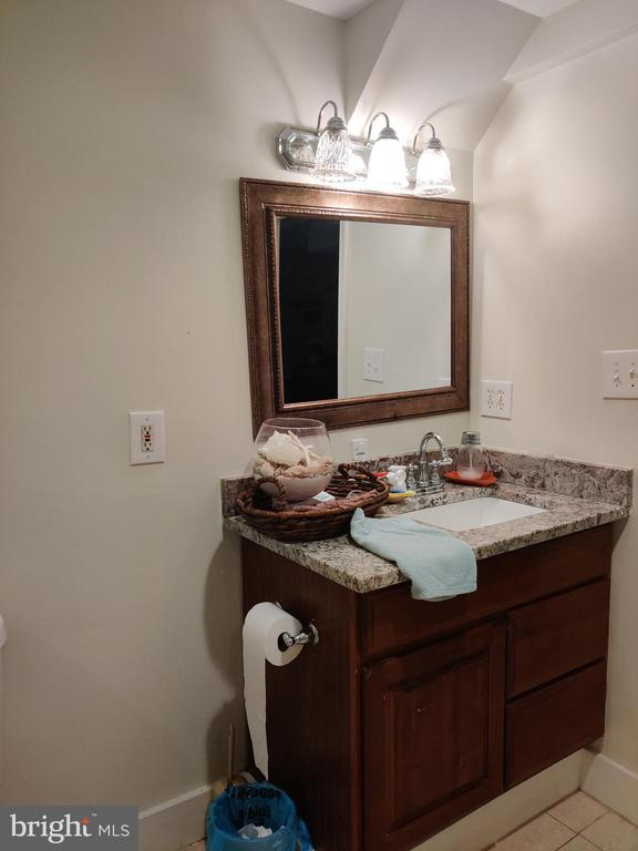 Full bathroom basement - 1516 FEATHERSTONE RD, WOODBRIDGE