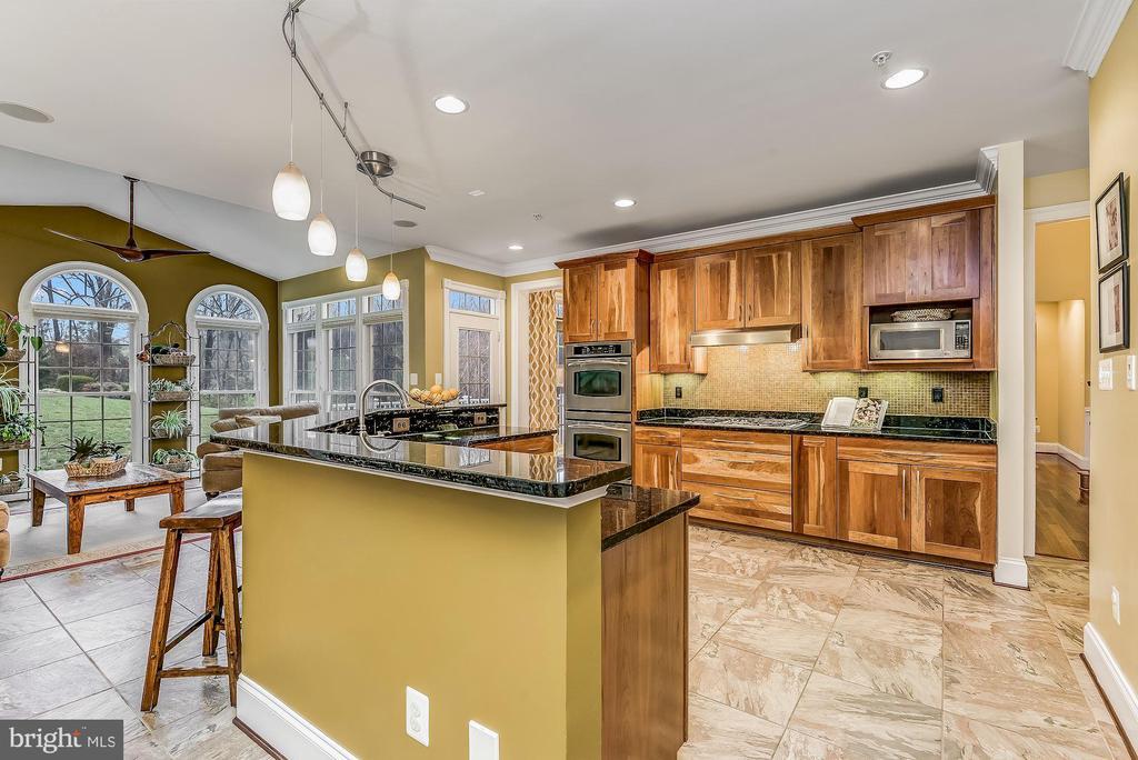 Stunning Kitchen - 24018 BURNT HILL RD, CLARKSBURG