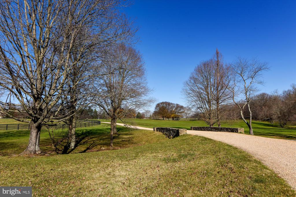 Bridge - 22956 CARTERS FARM LN, MIDDLEBURG